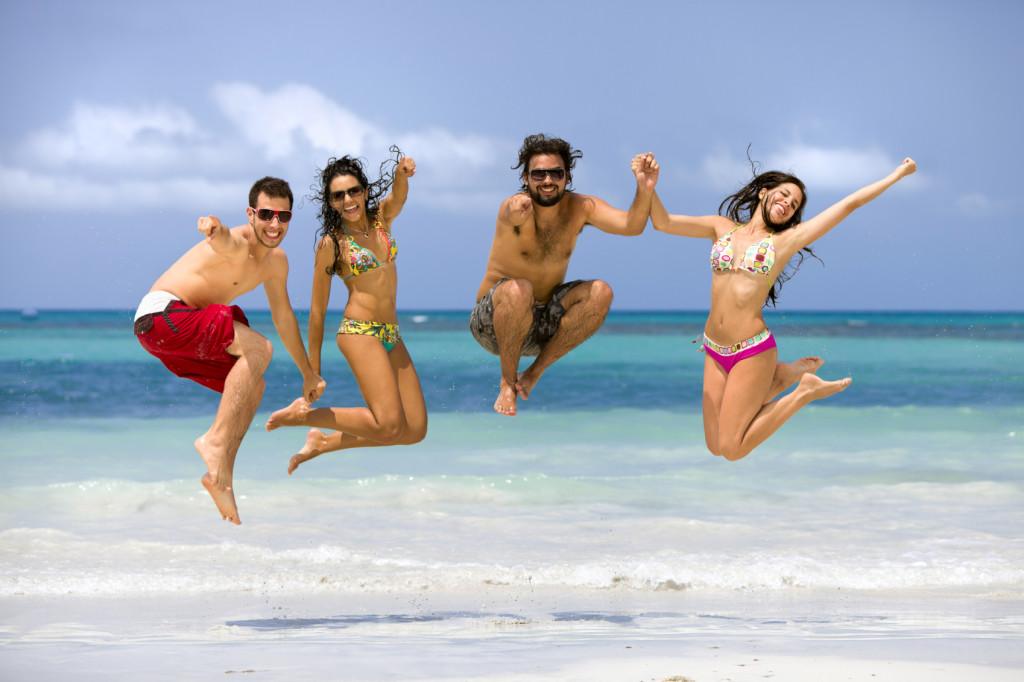 Beach-Couples-1024x682